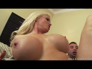 Online High definition Brazzers Diamond Foxxx Silent Attack